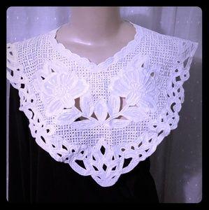 Vintage White collar cape needlework